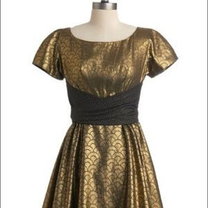 Lowie for Modcloth Gold Foil Party Night Out Dress